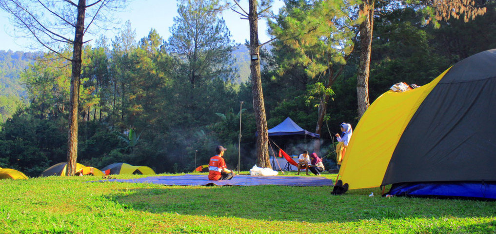 highland camp curug panjang tenda